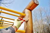 Бои, лакове и защитни покрития за дърво